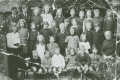 003756 Pupils at the village school, Ashill c1913