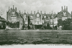 002118 Barrington Court c1900