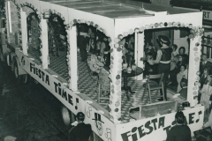 000245 Royal Oak, Ilminster ladies carnival tableau 1971