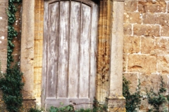 002497 Unitarian Chapel showing the disused front door 1992
