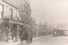 000016 Horse and cart outside Samways Grocers c1890