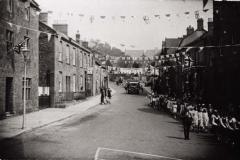 000017 Silver Jubilee parade walking down East Street 1935