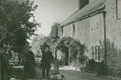 002243 James and Henryetta Corneleus outside Mill House, Hort Bridge Cloth Mill c1890