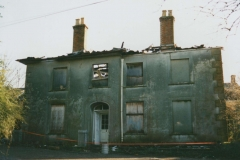 003101 Front (west) view of burnt out Summerlands House, Ilminster 1982