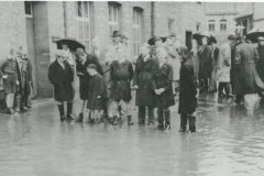 000516 Flooding showing group outside Day Foley's Factory in Ditton Street, Ilminster 1947