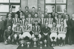 000602 Ilminster Football Club team and officials 1932-1933