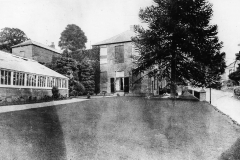000500 Hazelwell House and garden c1930