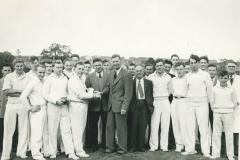 000216 Unknown cricket team c.1952