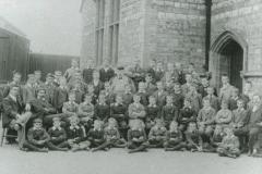 000701 Ilminster Grammar School Headmaster Davidson with staff and pupils 1913