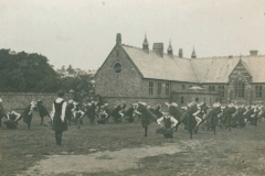 000705 Ilminster Girls Grammar School gym class 1919