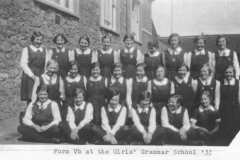 002231 Form Vb, Ilminster Girls Grammar School 1933