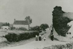 000842 Village centre 1907
