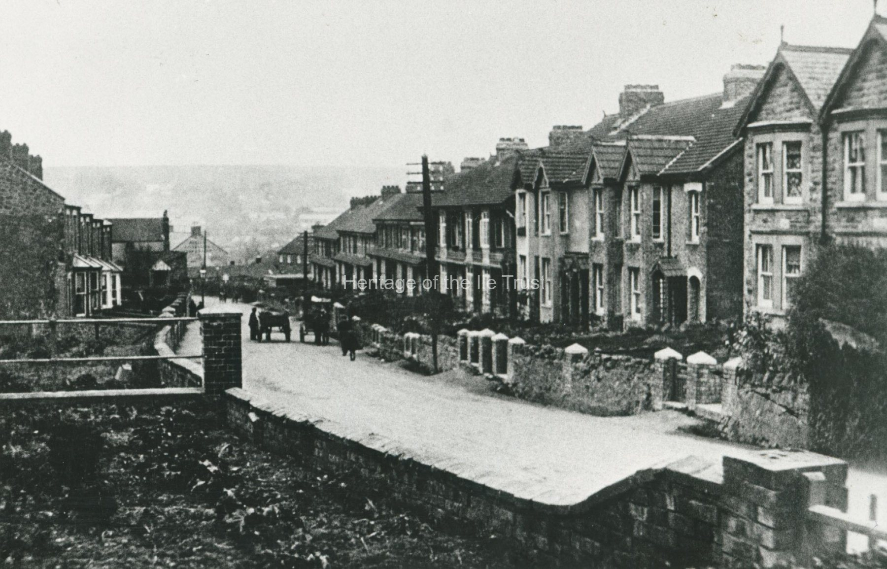 001000 View looking down Listers Hill c1914