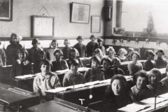 002596 North Street School classroom, Ilminster 1929-30