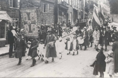 000012 Sunday School Procession led by Bessie Bailey teacher, down East Street, Ilminster 1924