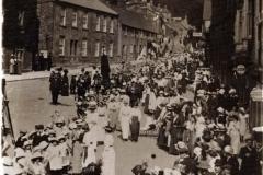 000029 Whitsun walk on East Street, Ilminster 1908