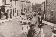 000048 Sunday School parade passing from Silver Street into West Steet, Ilminster 1910