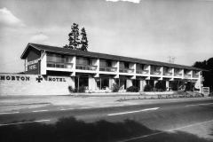 000109 Horton Cross Hotel 1964