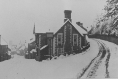 000179 A snowy scene featuring Nelson Arms 1895