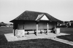 003075 The shelter built in 1938 as a gift from Day, Foley and Co 1997
