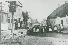 000932 The Duke of York pub c1900