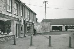 000164 Swan Shopping Precinct 1976