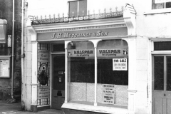000090 Former J H Hutchings and Son shop for sale 1969