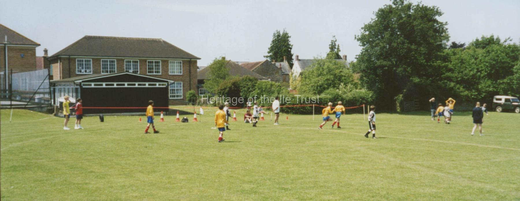 003576 Millennium Lions Fete at Swanmead School 2000