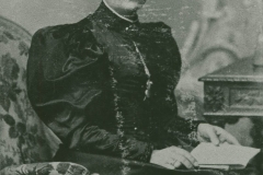 000764 Miss Harding, founder of Methodist Chapel at Lower Seavington c1980