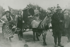 000769 Donkey cart tableau joining in the Silver Jubilee celebrations featuring Mrs Male, Frank Clarke, Mrs Susie Oike, Elsie Hopkins & Mrs Evans 1935