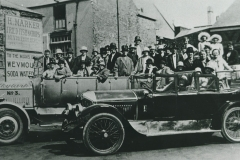 000540 Group in charabanc for outing to Weymouth showing a Crossley Tourer c1923