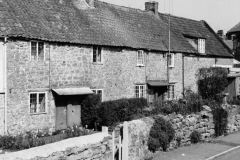 000079 Cottages and part of the old dairy at Wharf Lane, Ilminster 1971