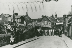000652 Group in Wharf Lane, Ilminster for George V's Silver Jubillee celebrations 1935