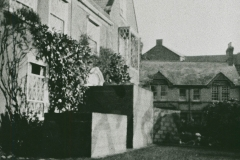 002484 Anti blast walls, North Street, Ilminster 1940
