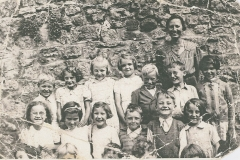 003692 Class of evacuees with Miss Loombes at the Masonic Hall classroom, Ilminster c1940
